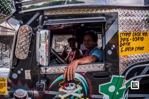 Manila_Jeepney-110