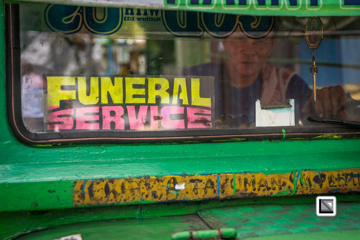 Manila_North_Cemetery-300